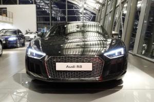 Auto Nuove - Audi R8 - offerta numero 1076106 a 225.310 € foto 2