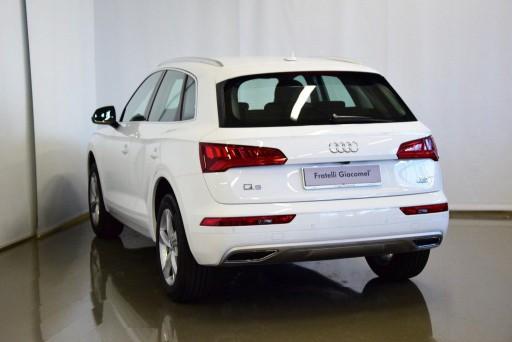 Auto Audi Q5 2.0 TDI quattro S tronic Sport km 0 in vendita presso Fratelli Giacomel a a 49.700€ - foto numero 4