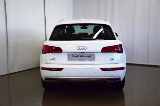 Auto Audi Q5 2.0 TDI quattro S tronic Sport km 0 in vendita presso Fratelli Giacomel a a 49.700€ - foto numero 5